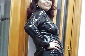 femme dominatrice Nantes